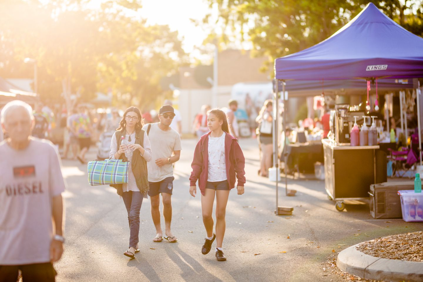 People looking at market stalls at the Burpengary Christmas Spectacular.